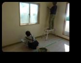 足立区M様邸建主さんも珪藻土塗りに参加